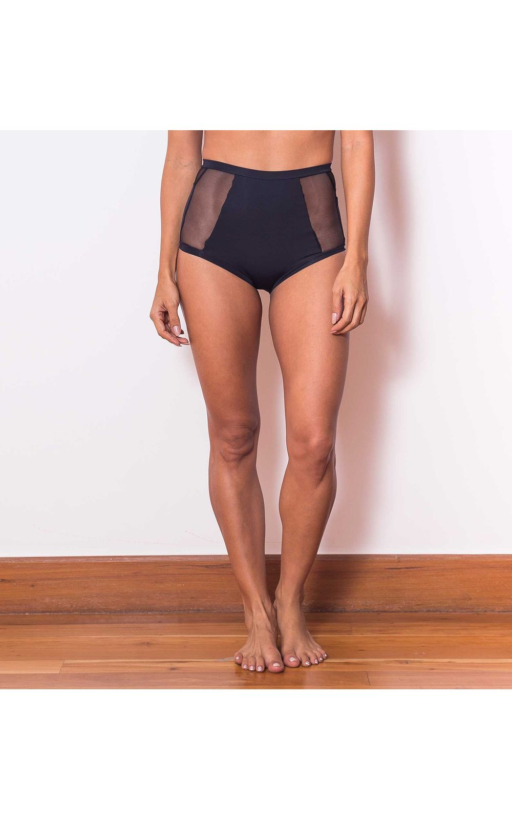 Foto 3 - Calcinha Hot Pants Tech Pro Tule Preta